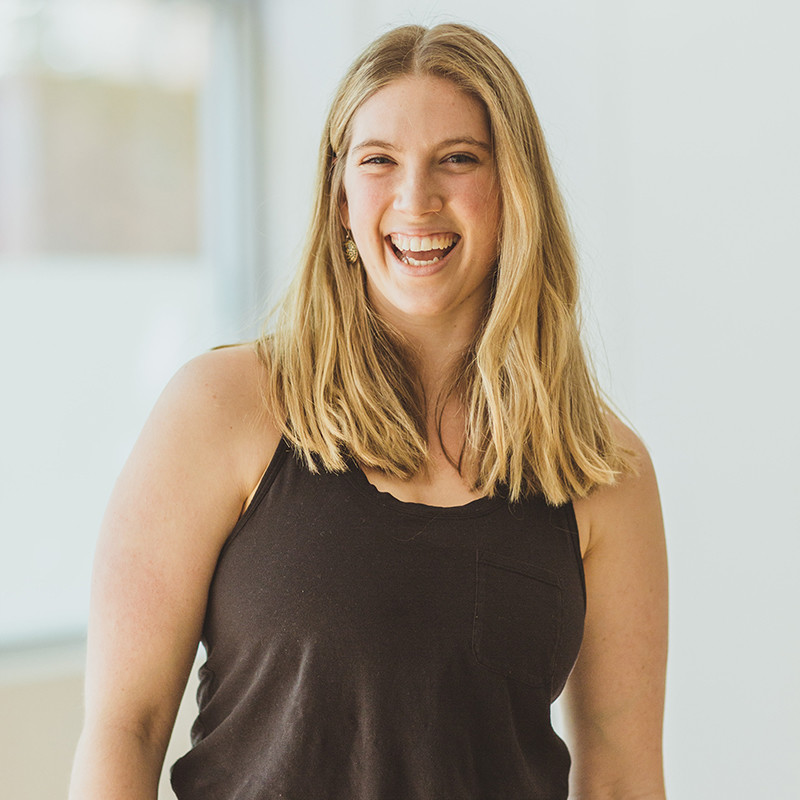 Carly Boscheinen Headshot